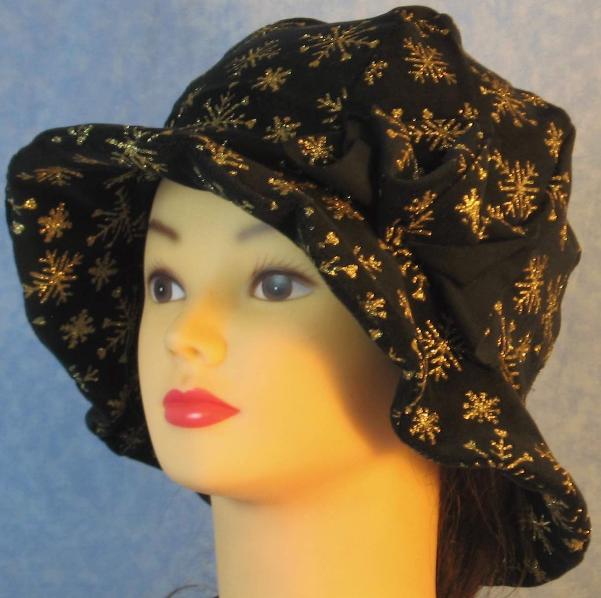 Cloche Hat in Snowflake Black Velvet-Adult S