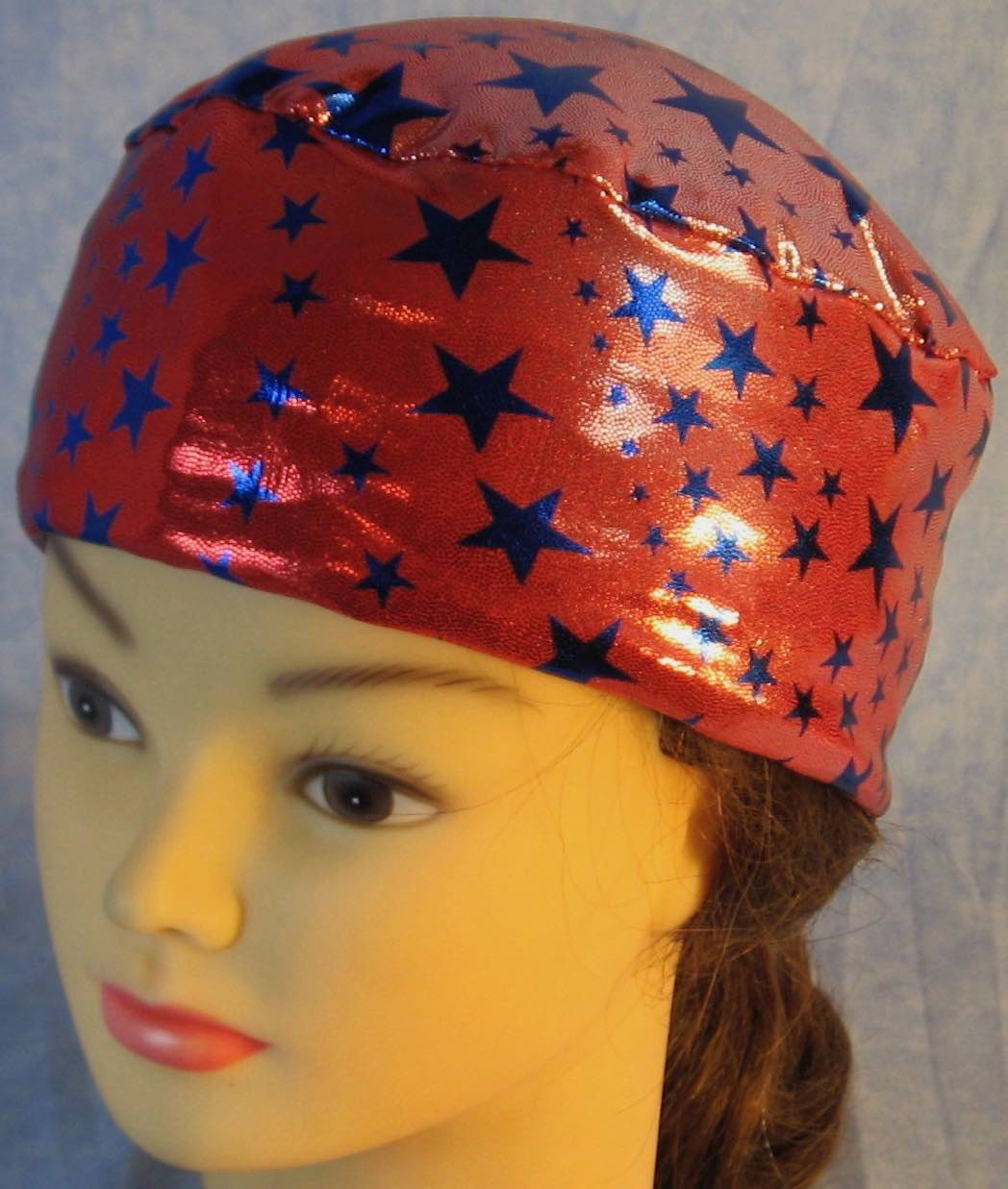 Skull Cap-Blue Stars on Red with Silver Specks Knit-Adult L