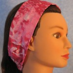 Headband in rose and white batik - side