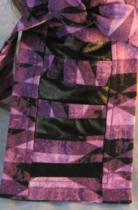 o Rag in Purple Geometric with Black Tail - Adult - tail
