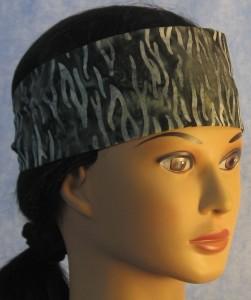 Headband in Black Gray Waves