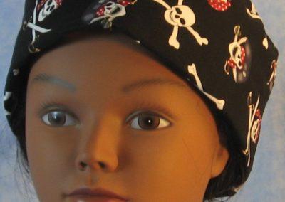 Skull Cap in Black Pirate Skulls - front
