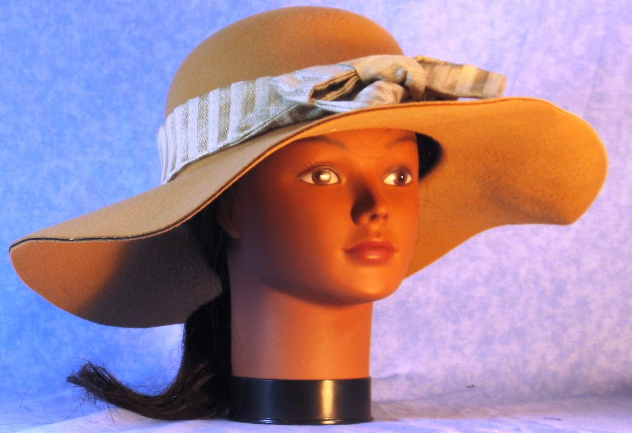 Floppy Hat-Tan Polyester Felt