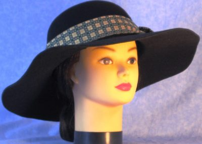 Hat Band in Gold Square Olive Grid - front right