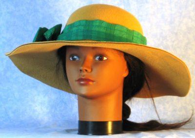 Hat Band in Green Seersucker - front