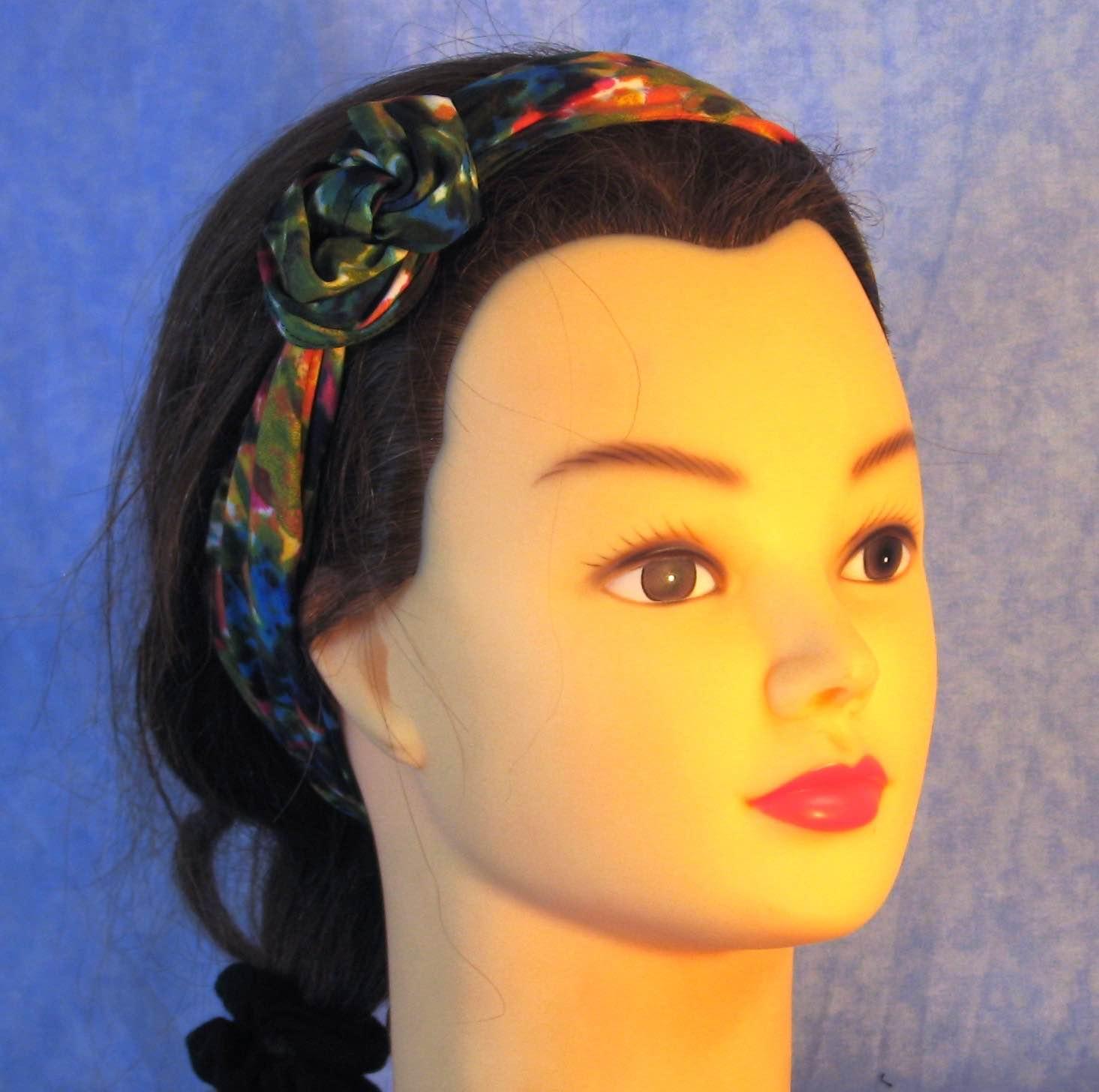 Wrap-Pink Yellow Blue Flower Field-headband-frontflowertie