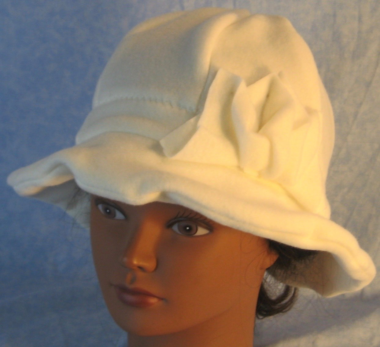 Cloche Hat in White-Adult L