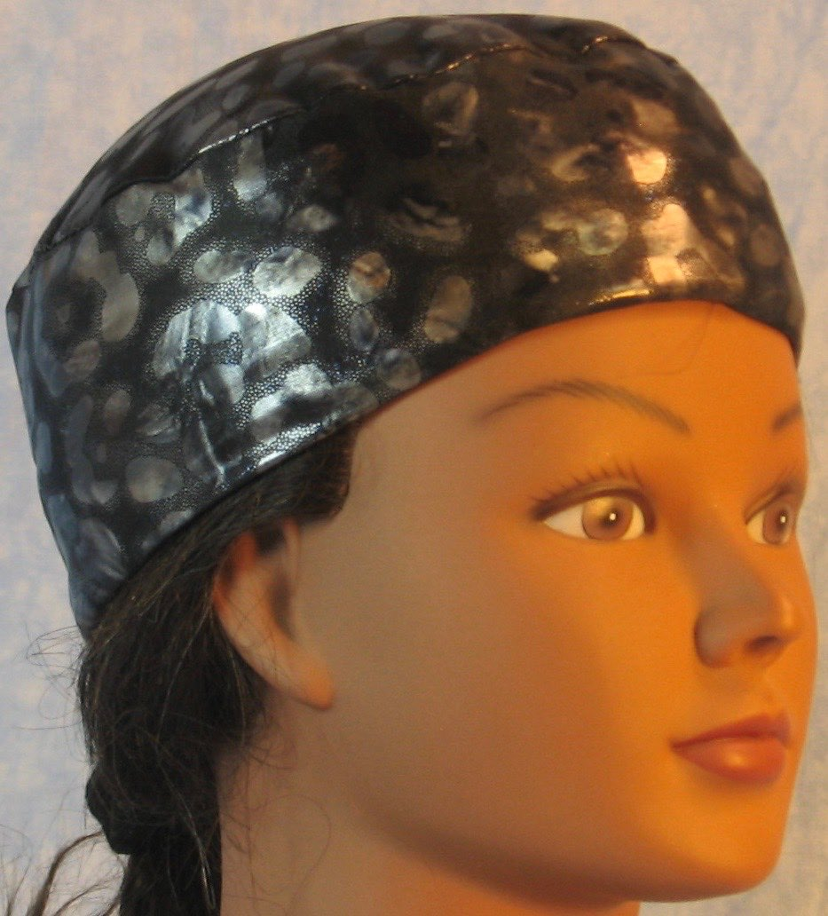 Skull Cap-Gray Black Cheetah Blue Sparkle Knit-Adult L