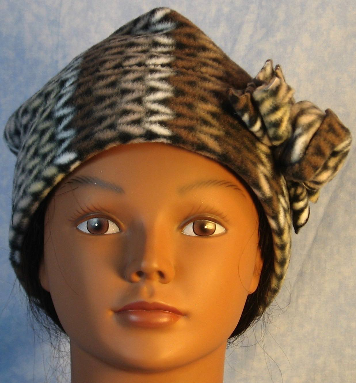 Beanie Band Flower Cap in Brown White Knit on Black-Adult L