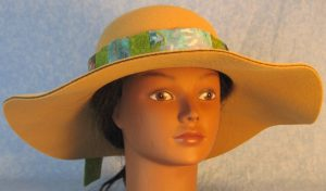 Hat Band in Green Flowers Patchwork Turquoise Green Gray Batik-winter front