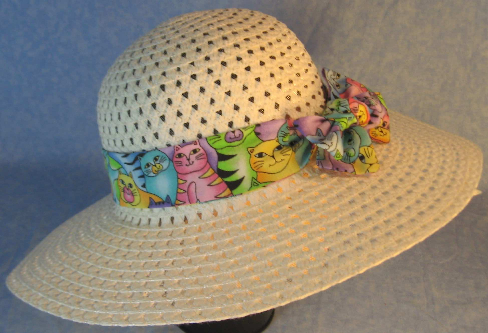Hat Band-Pastel Colored Cats-right