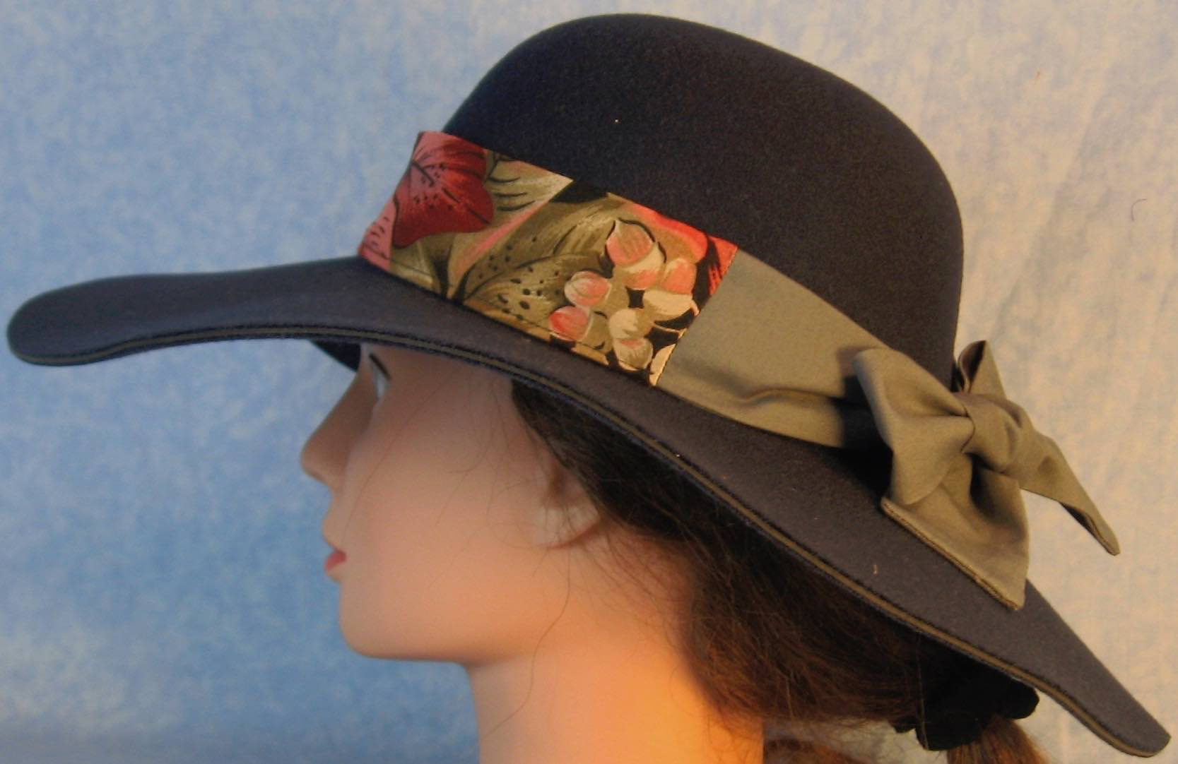 Floppy Hat Band-Red Purple Leaves with Gray Ties