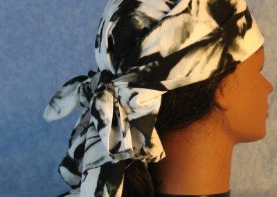 Head Wrap in Black White Large Flower-wrap-right