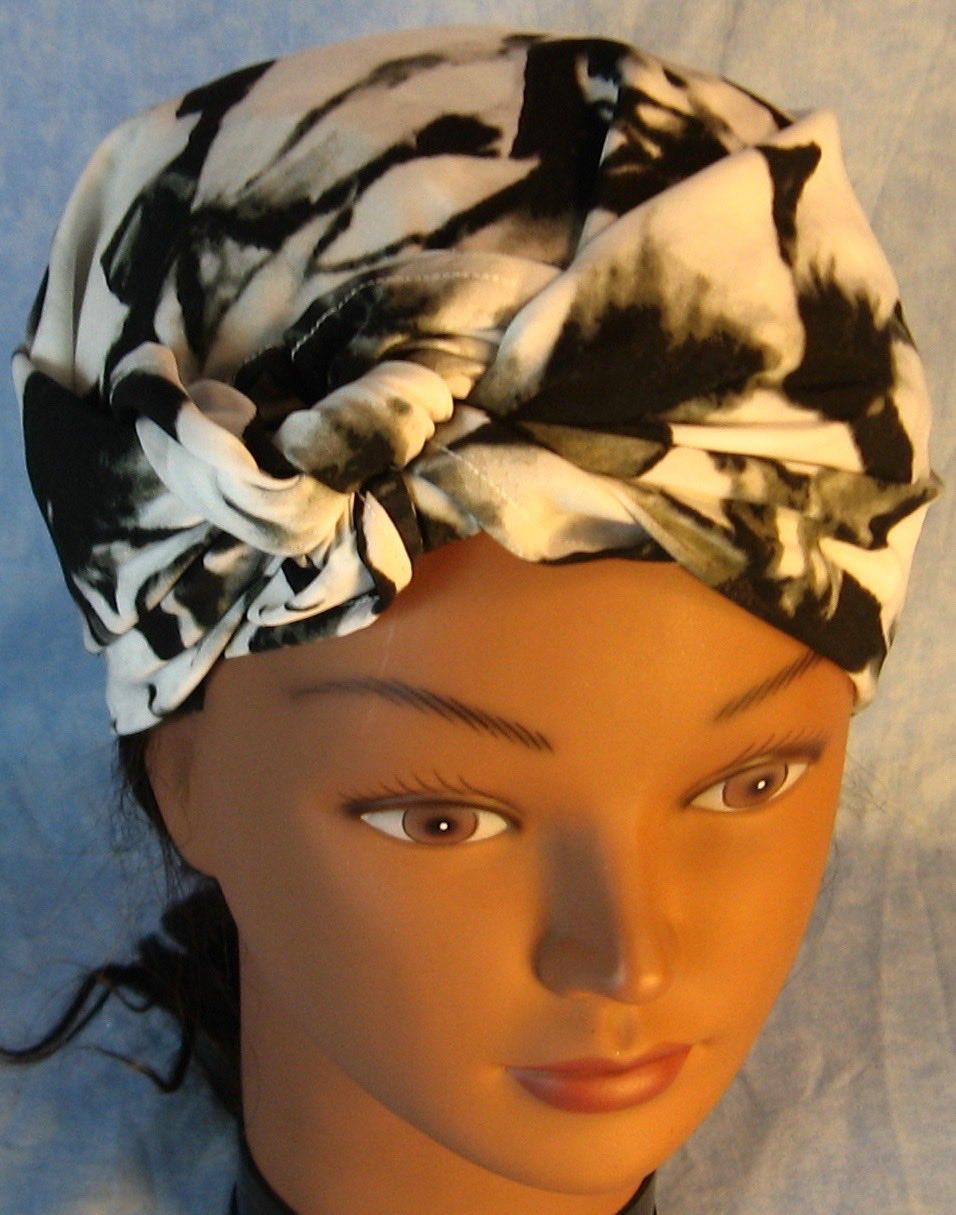 Head Wrap in Black White Large Flower-Regular