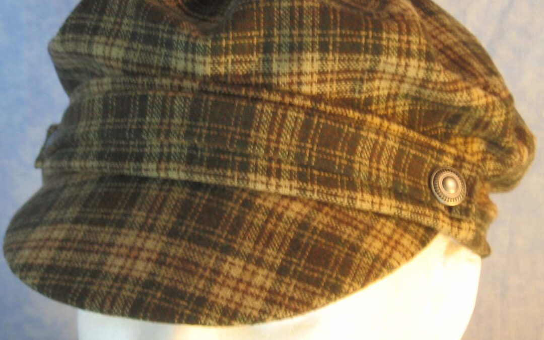 Fisherman Fiddler in Cream Green Brown Plaid Wool-top front