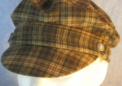 Fisherman Fiddler in Cream Green Brown Plaid Wool-top front