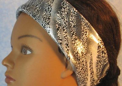 Headband-Black Dotted Waves on Silver-folded left