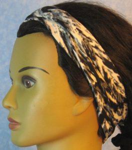 Headband-Black Gray White Brushstroke V-folded left