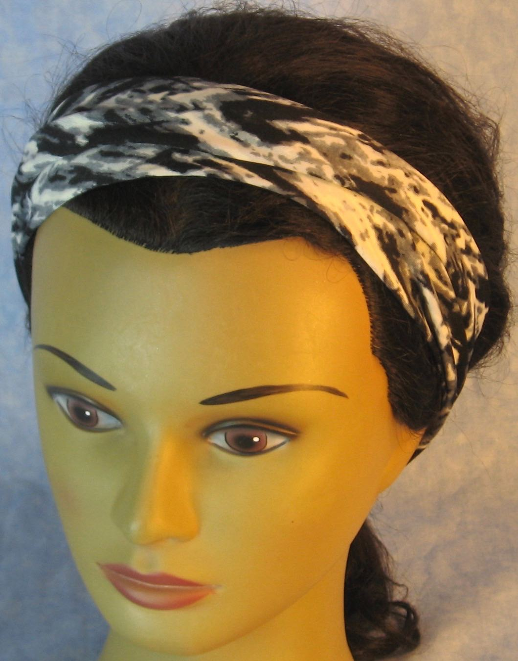 Headband-Black Gray White Brushstroke V Knit-Adult M