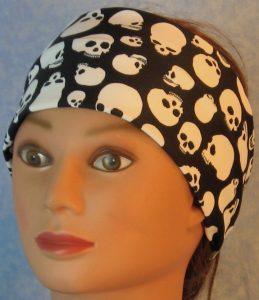 Headband-Skulls On Black-front
