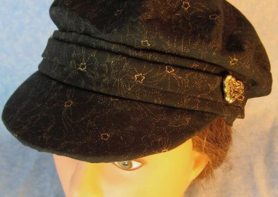 Fisherman-Black with Gold Star Flower-top front