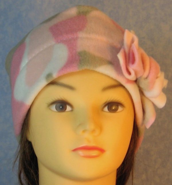 Beanie-Pink Camo with Flower-front