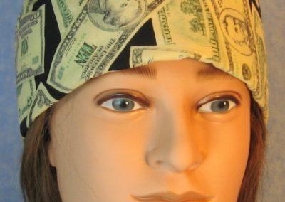 Skull-Money on Black-front
