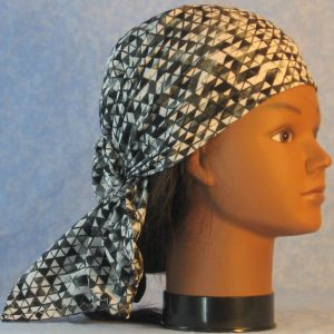 Head Wrap in Black White Gray Triangles-right
