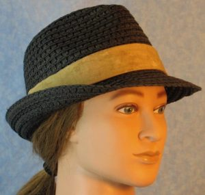 Fedora Band in Tan Motley-right