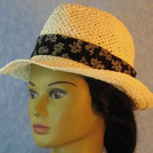 Fedora Band in White Line Flower Bouquet on Black-white left