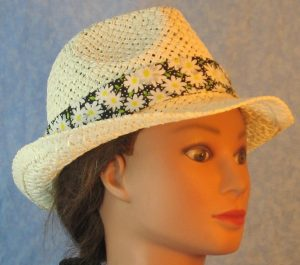 Fedora Bands in White Daisy with White Dots on Black-ivory right