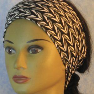 Headband in Black Gray White Arrowhead Stripe-front