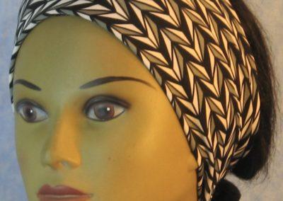 Headband in Black Gray White Arrowhead Stripe-front