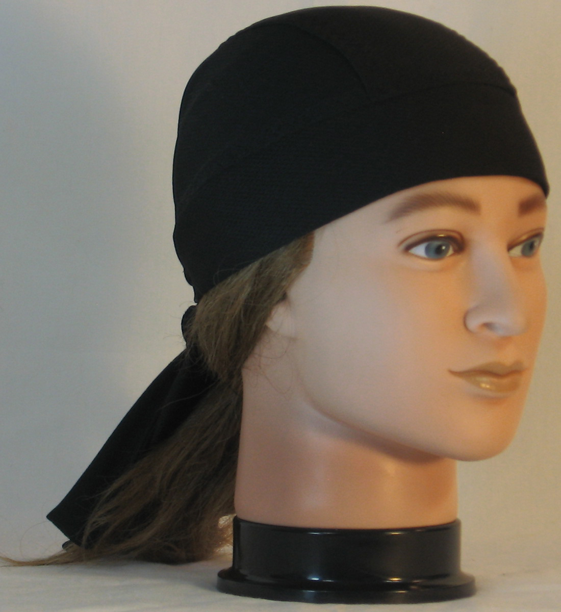 Do Rag in Black Wicking CoolPlus - front right