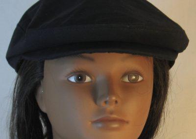 Ivy Flat Cap in Black- front