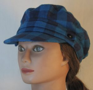 Fisherman Cap in Turquoise Navy Big Check Flannel - front left