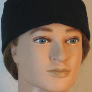 Skull Cap in Black - front