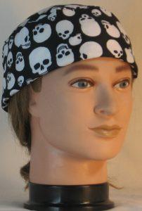 Skull Cap in White Skulls On Black - front right