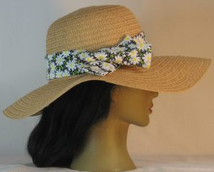Floppy Hat Band in White Daisy and Dots on Black - right