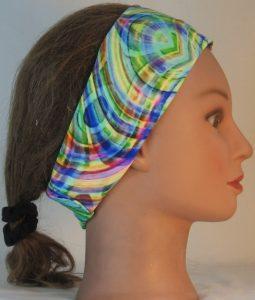 Headband in Love Maze in Green Yellow Blue - right alt