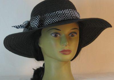 Floppy Hat Band in Black White Chevron Statin - front