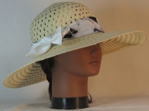 Floppy Hat Band in Black White Large Flower Ties White - front right