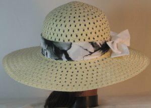 Floppy Hat Band in Black White Large Flower Ties White - back